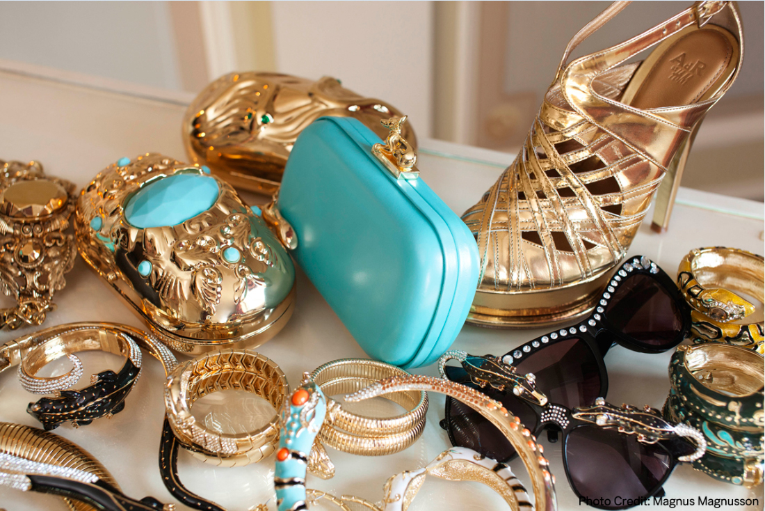 Fashions-Accessories