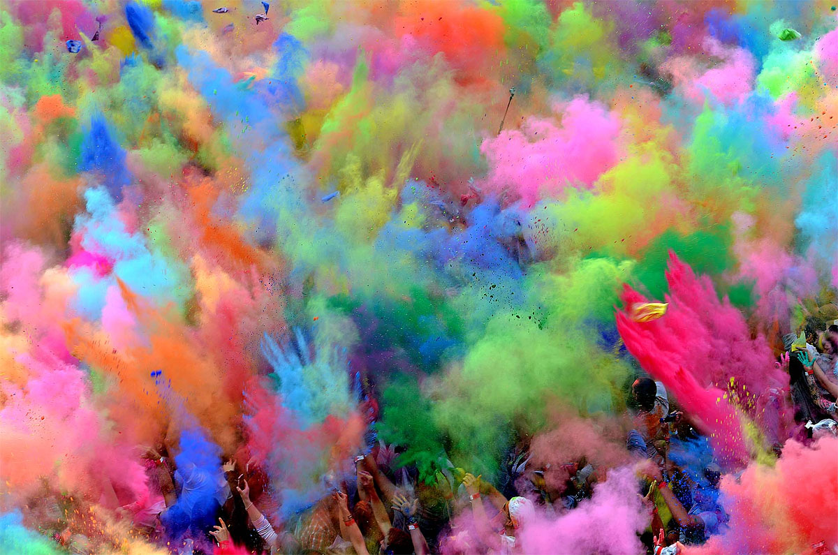 Throw-Color Powder