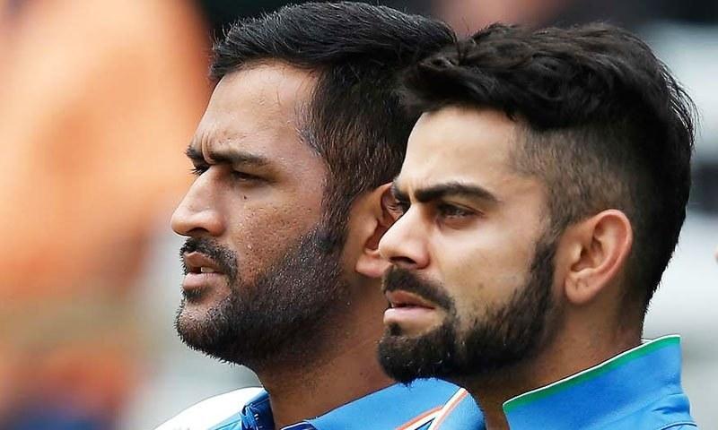 virat-vs-dhoni-who-deserves-better1